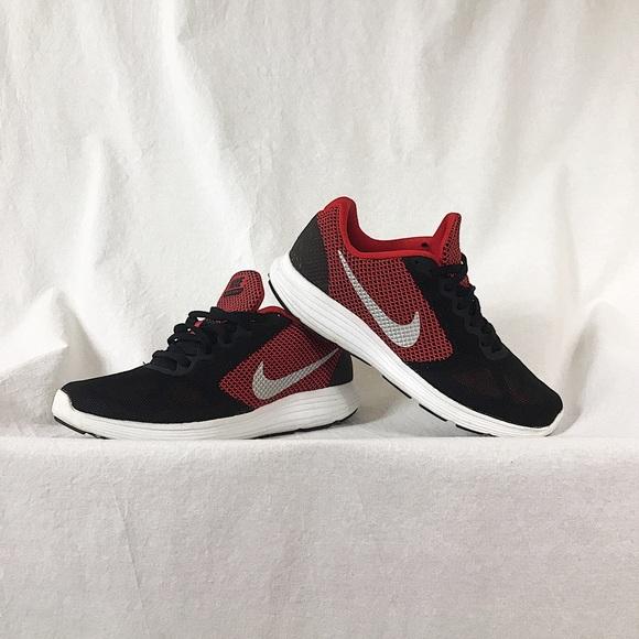 Nike Revolution 3 Mens Running Shoe